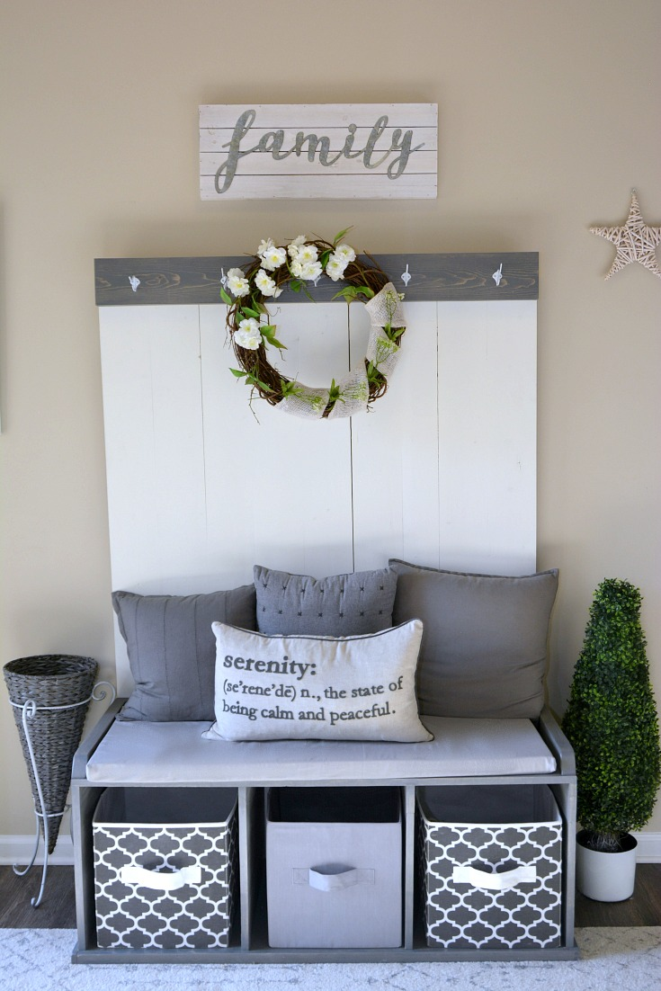 Farmhouse entryway, budget friendly farmhouse decor, handmade furniture