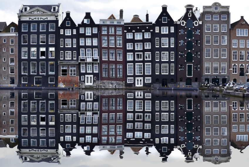 dutch translator, romantic things to do in amsterdam