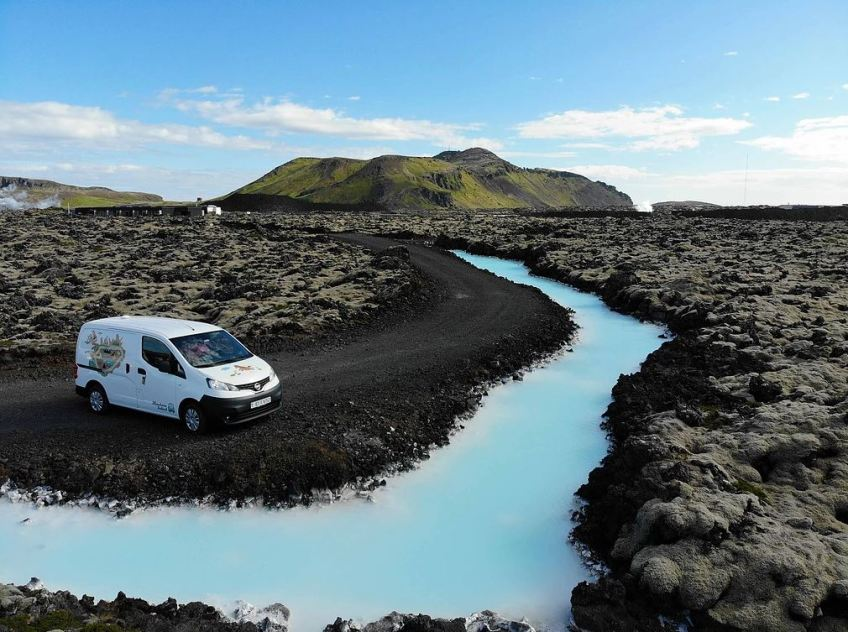 midnight sun iceland, How to Get Around in Iceland