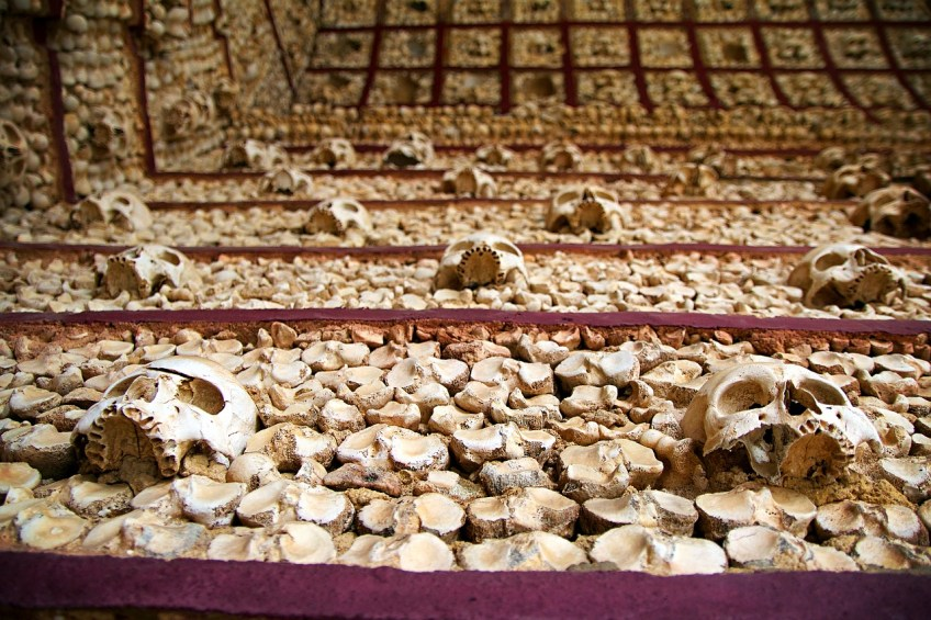 Faro Bones, The Capela dos Ossos in Faro