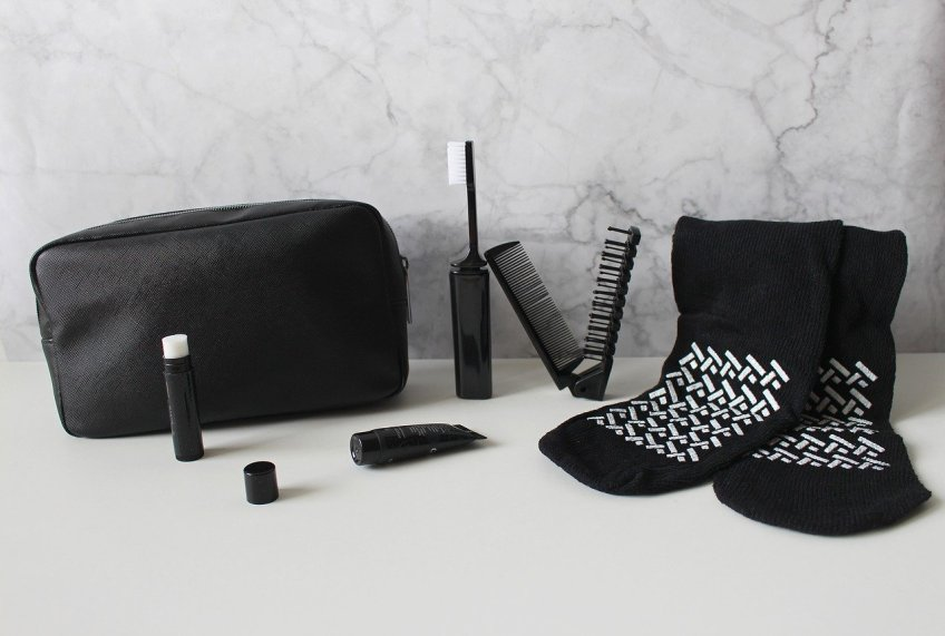 travel supplements, toiletry case