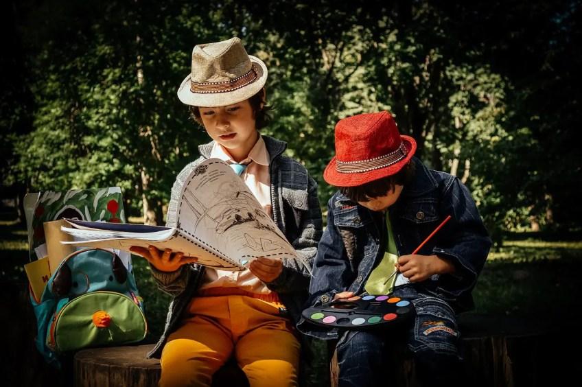 hands on hobbies for kids, kids making art