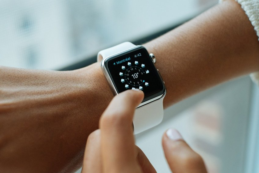 time, smart watch, running late, online watch store
