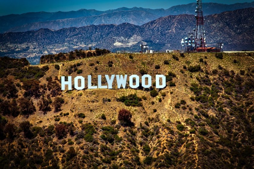 things to do in California, Hollywood sign