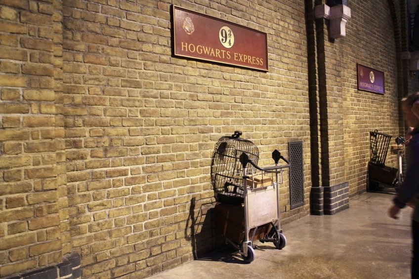harry potter, platform 9 3/4, London's hidden treasures