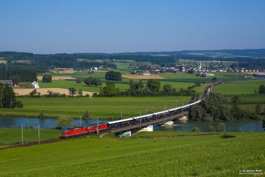 best ways to see Europe, orient-express train