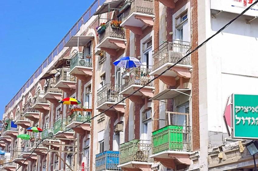 language integration, apartment, overseas