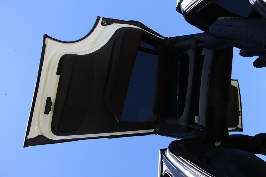 tesla model feature, electric car
