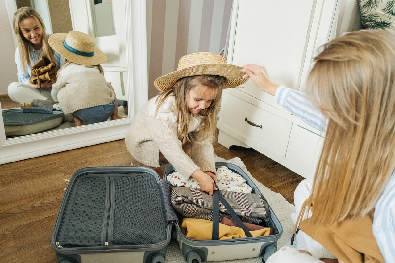 Get Travel Ready With This Tropical Vacation Packing List