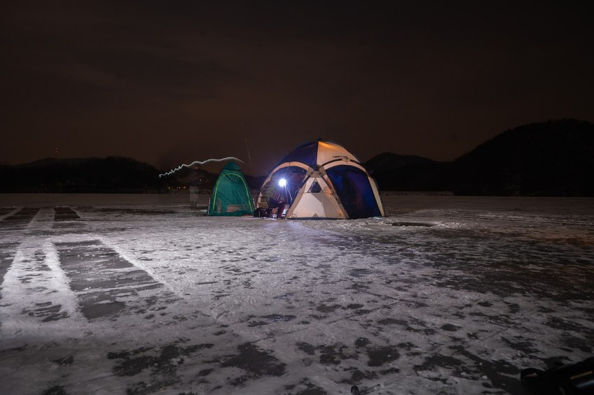 ice fishing, tent
