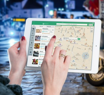essential apps for travel, ipad