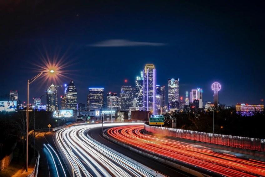 Downtown Dallas Arts District, Dallas, TX, USA Charter bus in Dallas