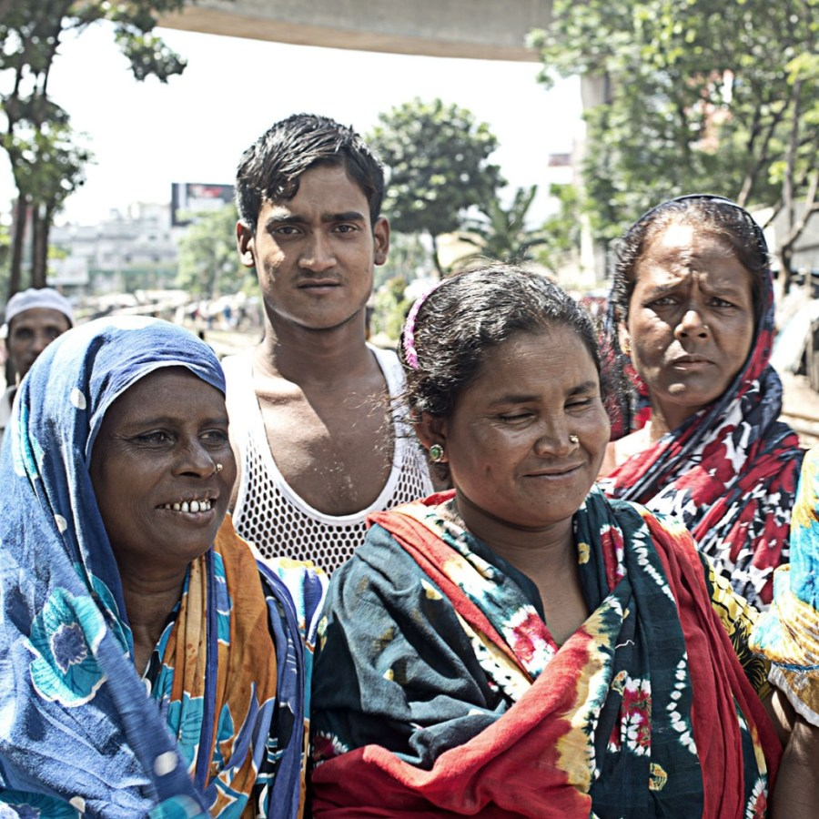 Group picture of the people in Dhaka, Jeroen Bosch inspired.