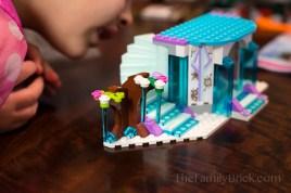 LEGO-elsas-sparkling-ice-castle-2