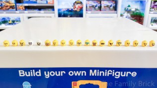 LEGO Build A Minifigure Bar - Heads - November 2015