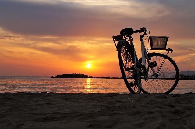 bike-1700749_640