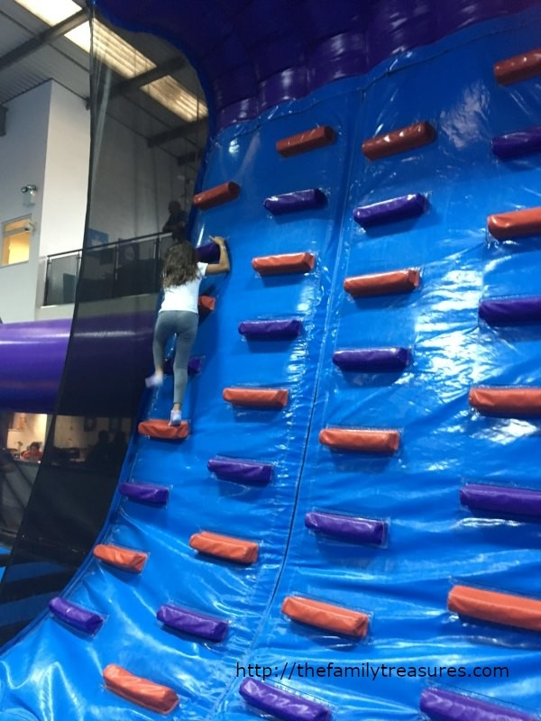 inflatanation_familytreasure_1