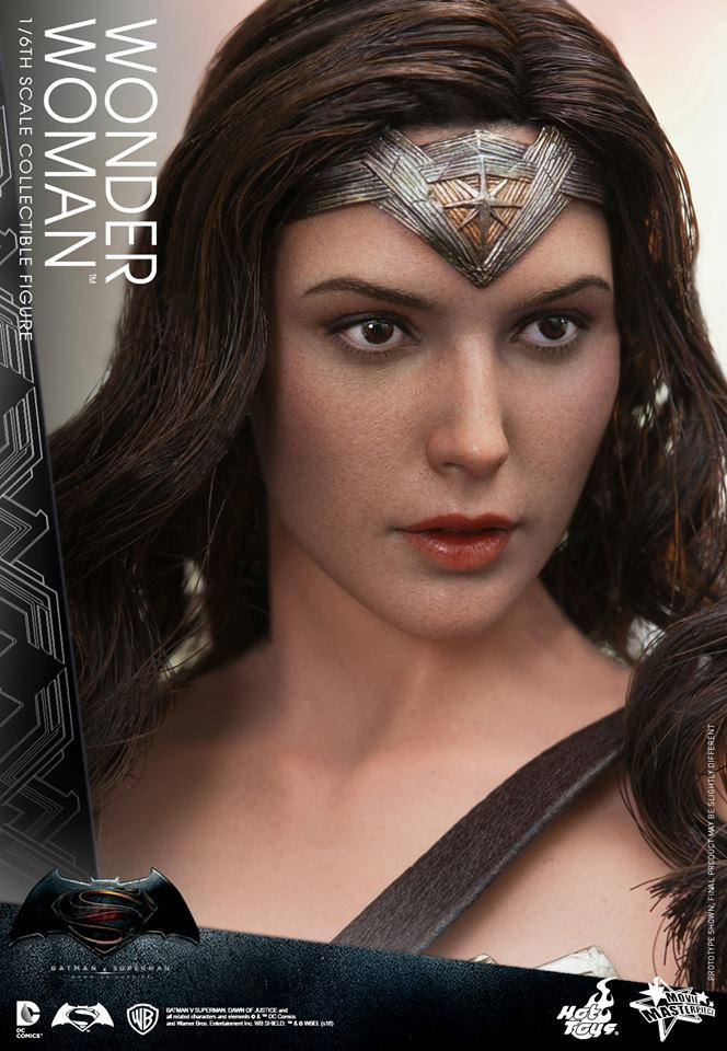 hot-toys-wonder-woman (9)