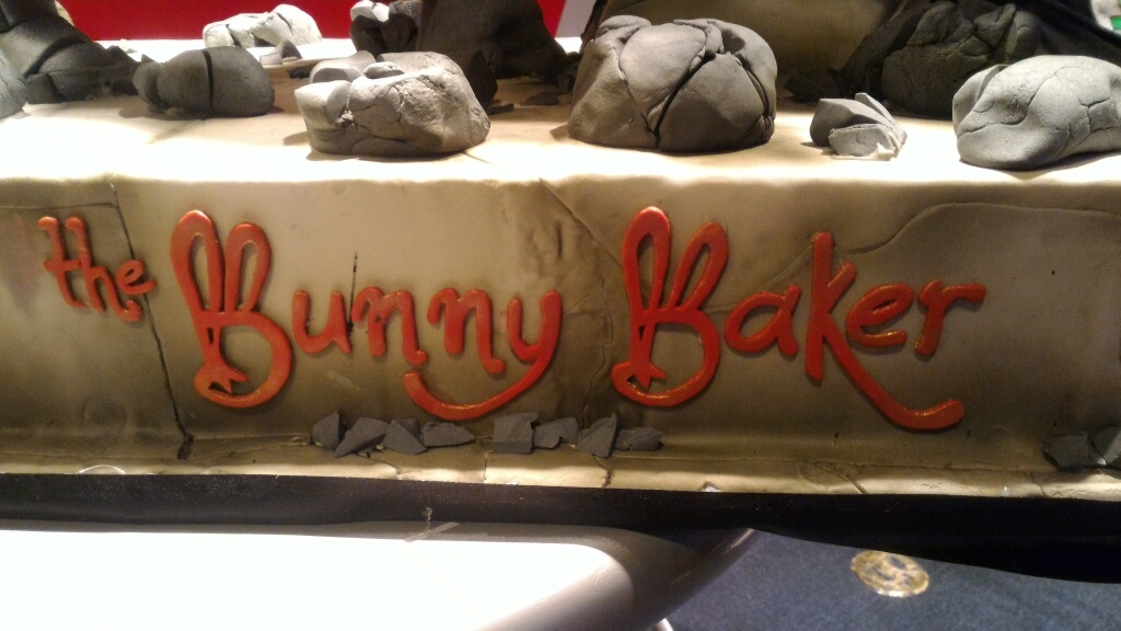batman v superman cake by the bunny baker