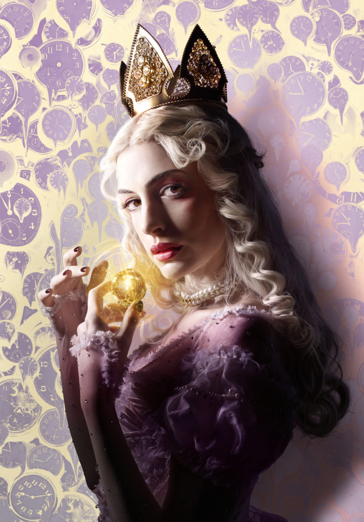 anne hathaway alice through the looking glass