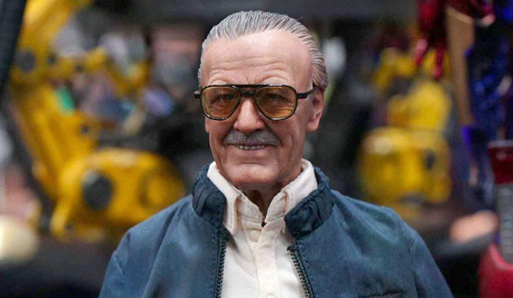 SDCC-2016-Hot-Toys-Marvel-Stan-Lee-002