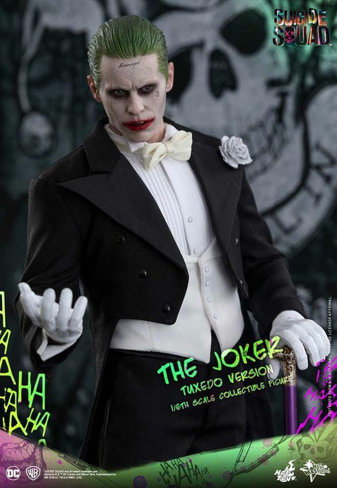 hot-toys-tuxedo-joker-one-sixth-scale-figure-6