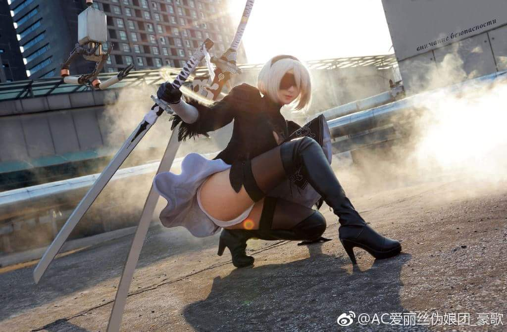 One of the Best 2B Cosplays Was Done by a Guy