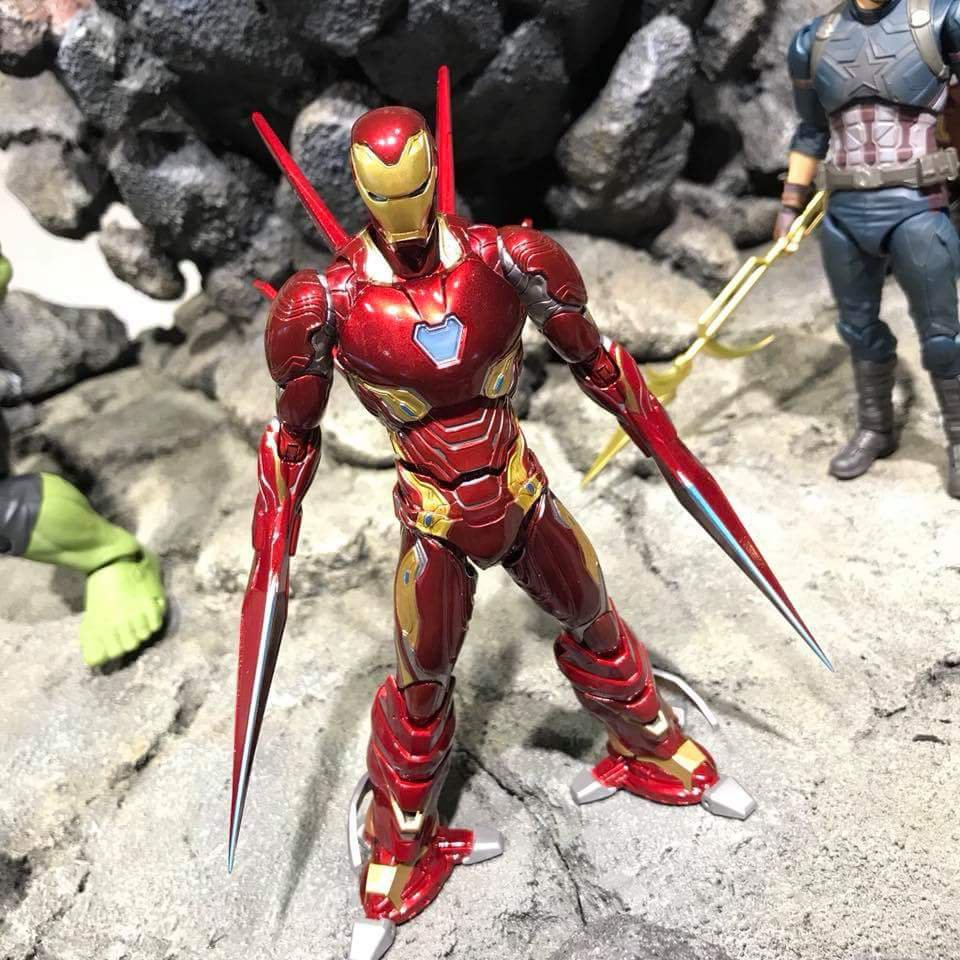 S.H. Figuarts Iron Man Nano Weapons Avengers Infinity War