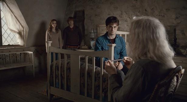 Daniel Radcliffe,Emma Watson,John Hurt,Rupert Grint