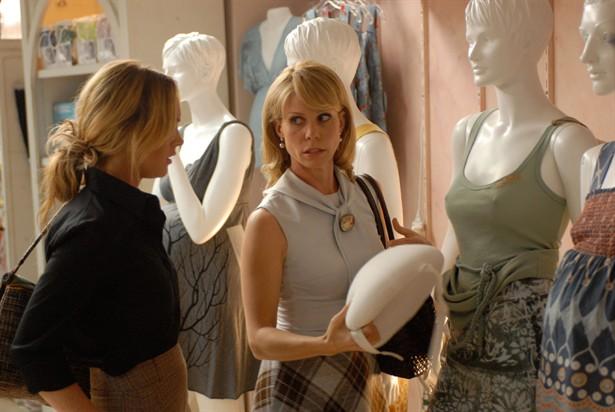 Cheryl Hines,Lindsay Lohan