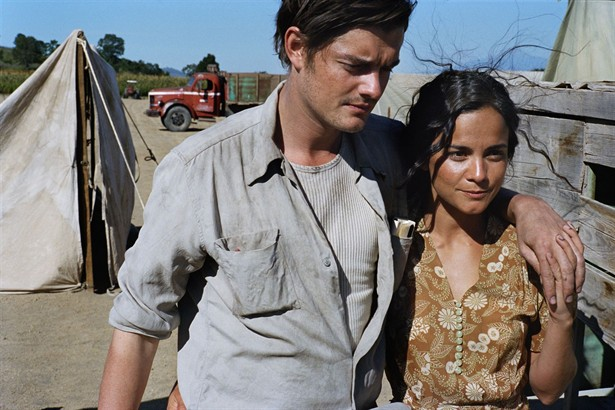 Alice Braga,Sam Riley