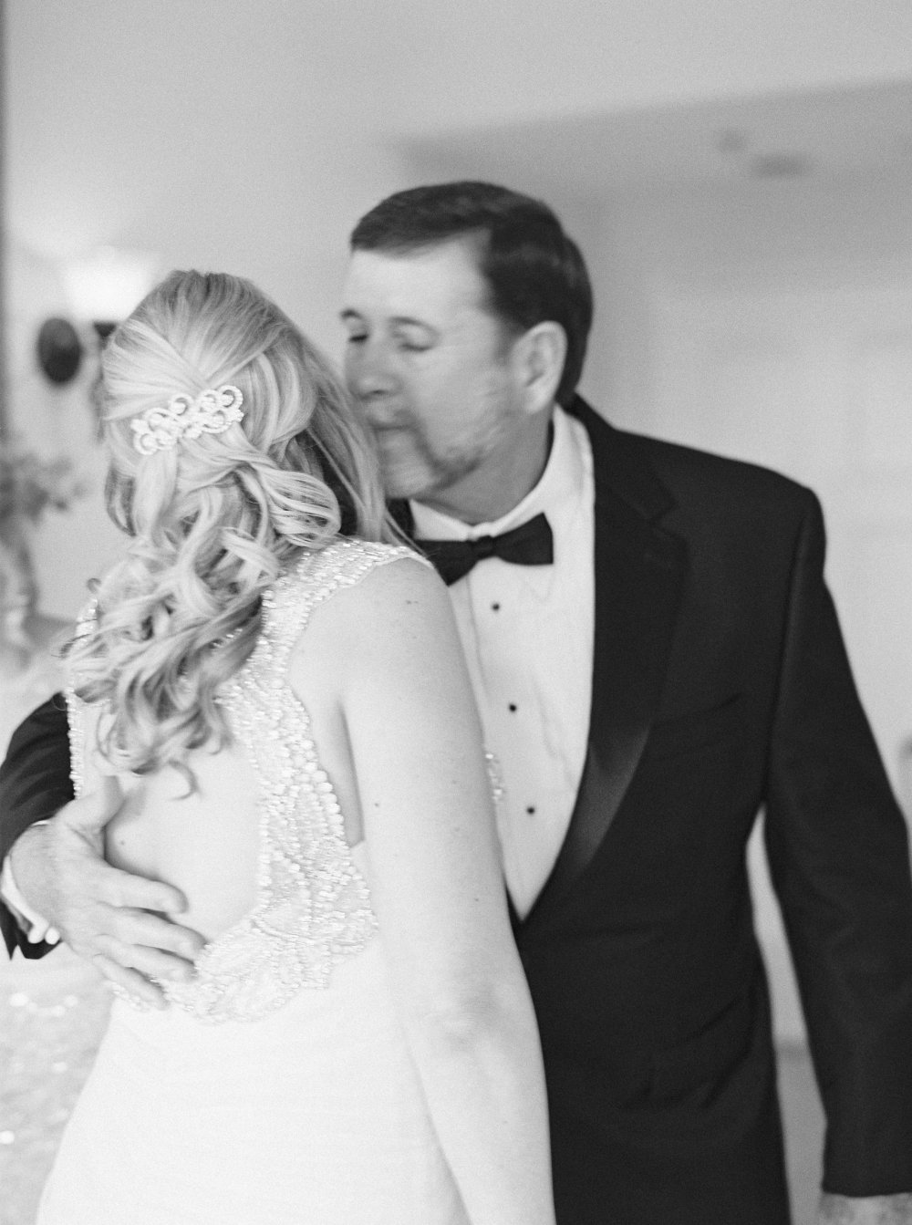 father-daughter-wedding-day-fancy-things