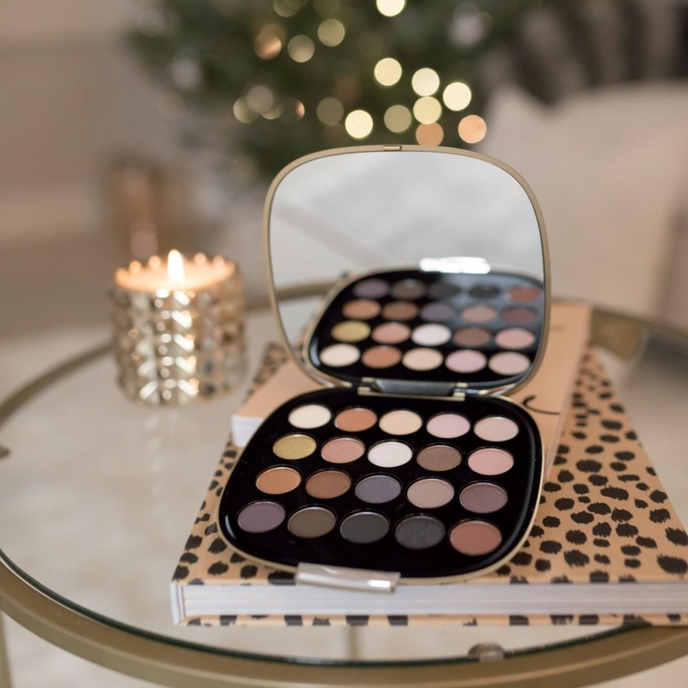 marc-jacobs-eyeshadow-palette-fancy-things