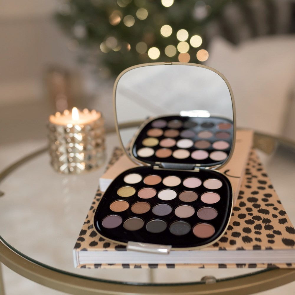 marc-jacobs-eyeshadow-palette-fancy-things