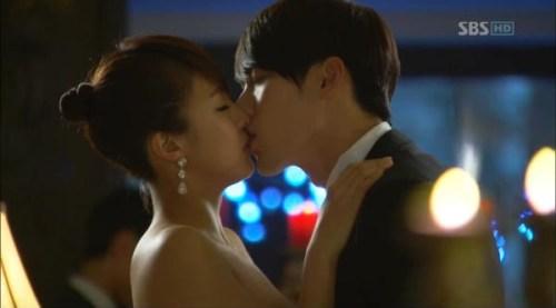 the-torrid-kiss-secret-garden-korean-drama-23802947-600-333