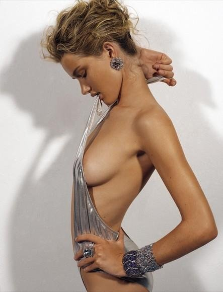 Rosie Huntington-Whiteley Naked 003