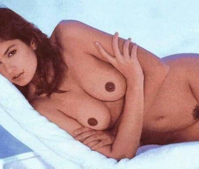Cindy Crawford Naked 15