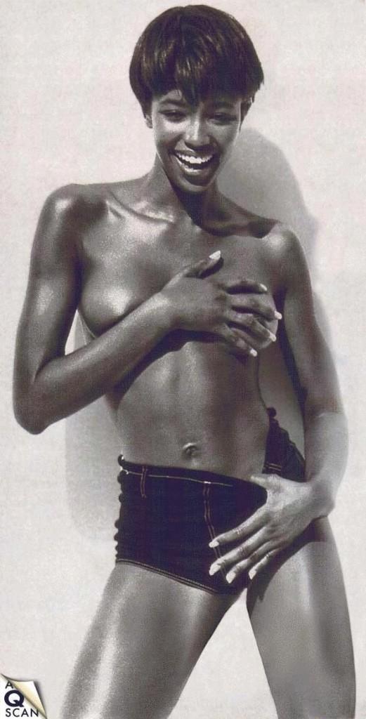 Naomi Campbell Naked 05