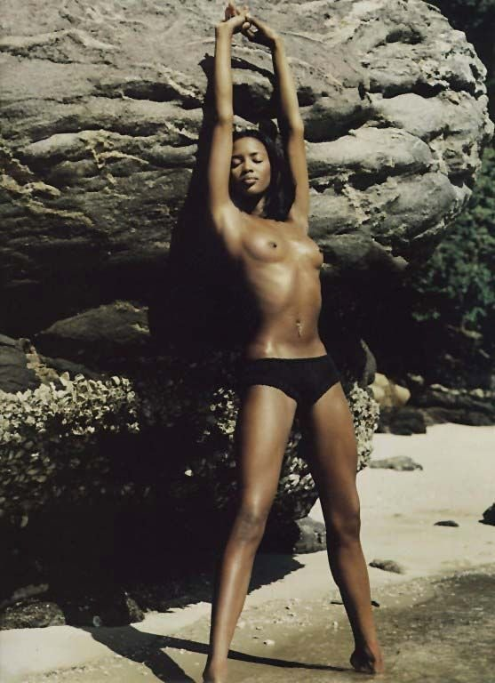 Naomi Campbell Naked 13