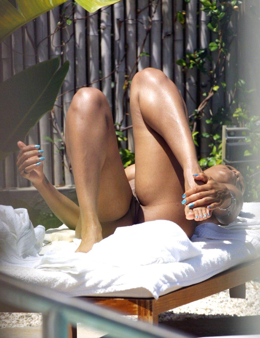 Janet Jackson Naked 01