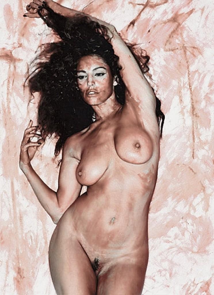 Kelly Brook Naked 07