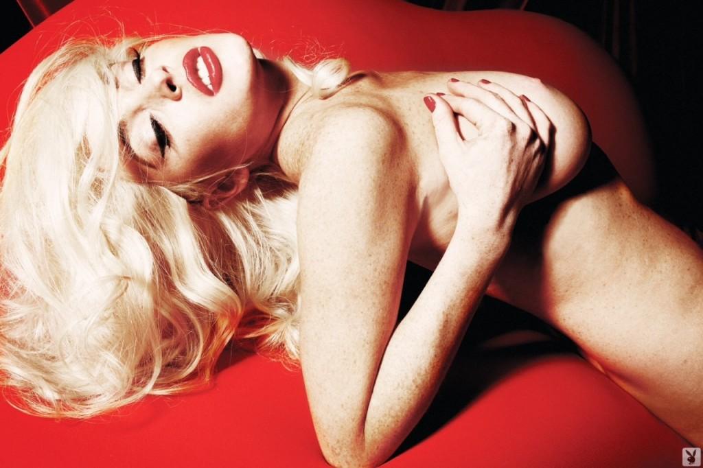 Lindsay Lohan Naked 05