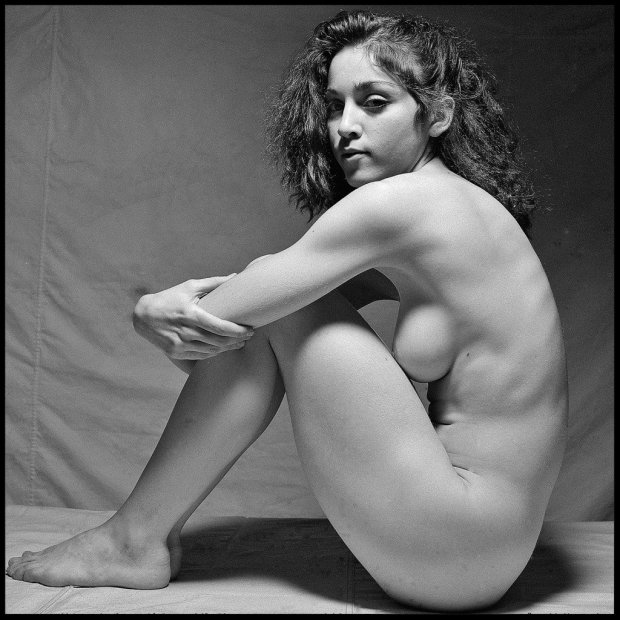 Madonna-Naked-1