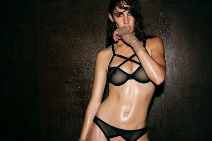 Xamira Zuloaga Topless & Sexy 9