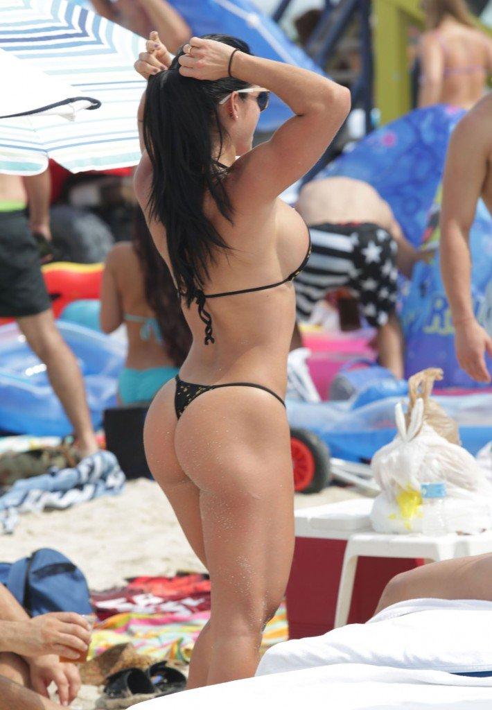 Michelle Lewin Sexy 15