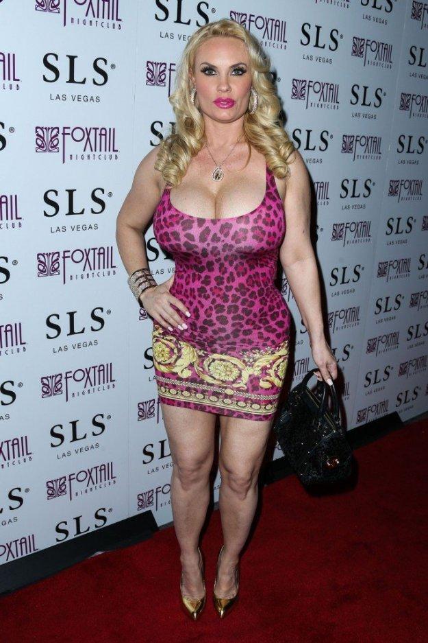 Nicole Coco Austin Cleavage 36