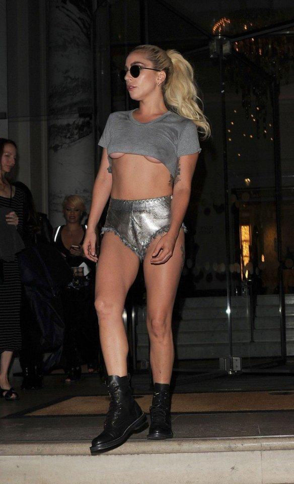 Lady Gaga Underboob thefappening.so-0002