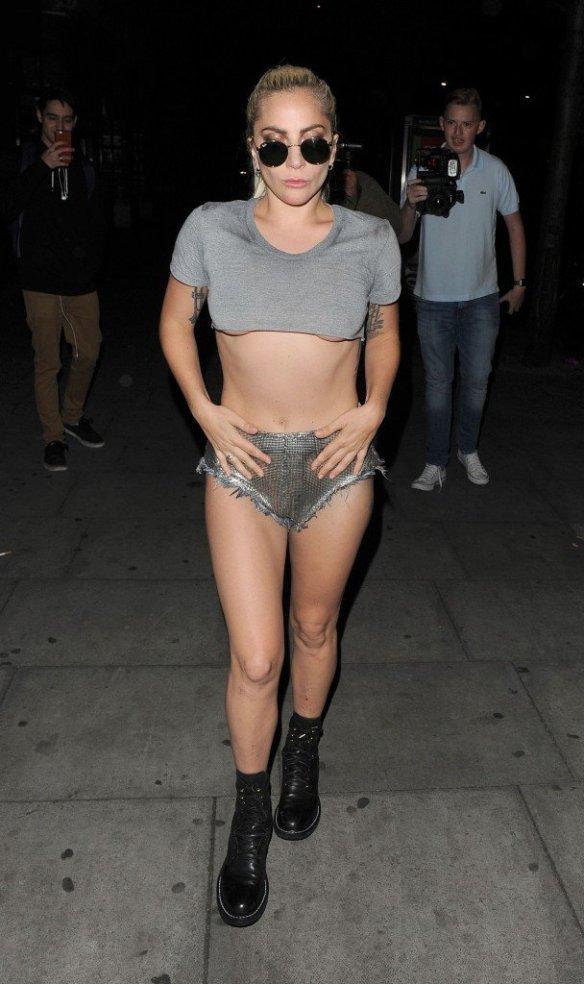 Lady Gaga Underboob thefappening.so-0047