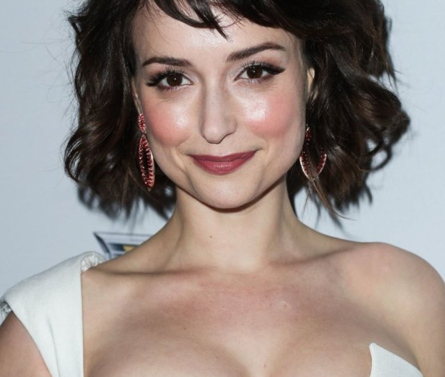 Milana Vayntrubs Clevage 2 Thefappening So