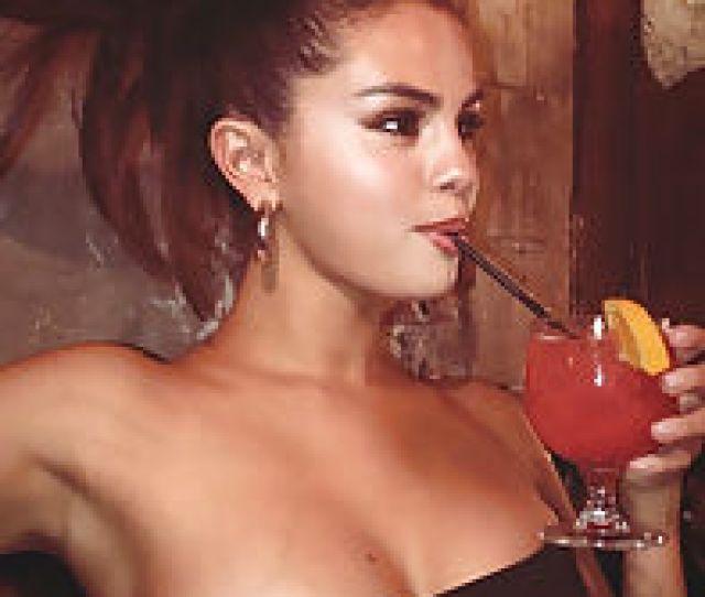 Selena Gomez 335